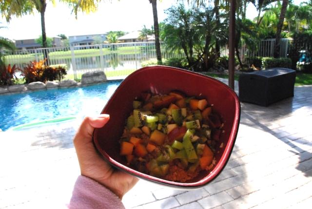 androbel, palm trees, florida, beautiful, nature, mornings, breakfast, oatmeal, peach, kiwi, health, fitness